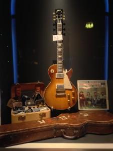 Fick tid att gå på Guitar Museum i Umeå